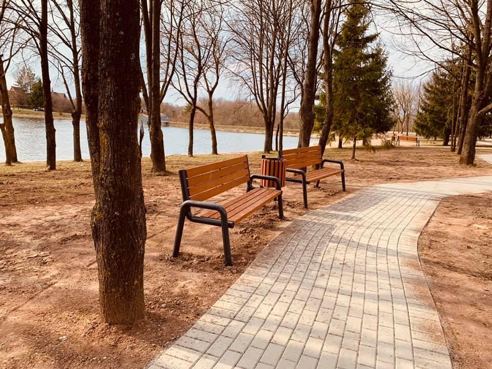 Pėlėdnagių seniūnija. Paplūdymio atnaujinimas ir automobilių stovėjimo aikštelių įrengimas Kėdainių rajone.